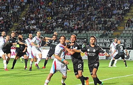 Play off, previsti ventimila spettatori per il confronto tra Catania e Siena
