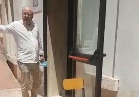 Presidente di seggio esce con la scheda in strada: bufera ad Altamura