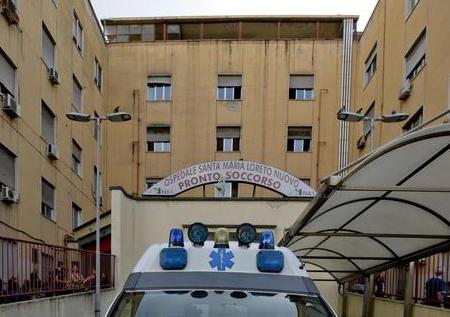 Con una Smart finisce fuori strada: morto a Lamezia Terme