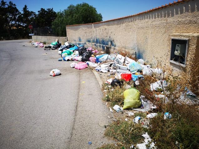 In tempi di differenziata rifiuti selvaggi a Pachino