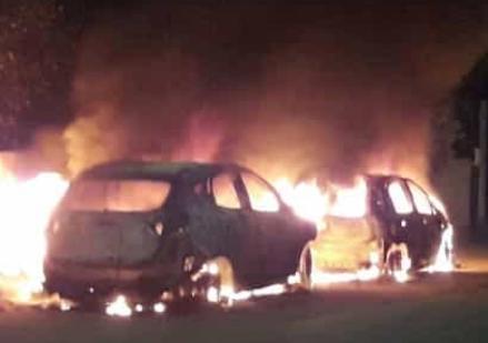 Cinque auto in fiamme a Sambuca di Sicilia per effetto domino