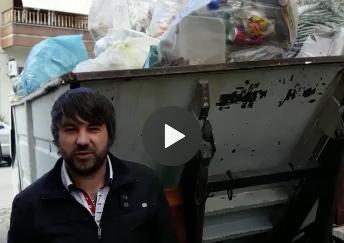 Rifiuti, Rosolini differenzia e il Comune li manda in discarica (VIDEO)