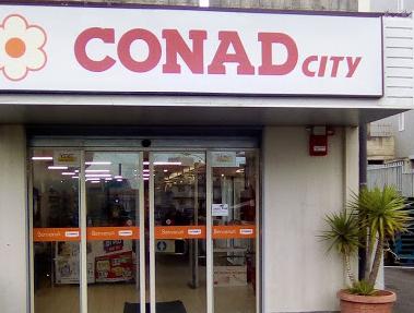 Rapina in un supermercato di Carletini: in 3 portano via 674 euro