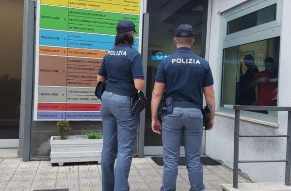 Violenta e fa respirare gas da cucina alla ex: arrestato a Messina