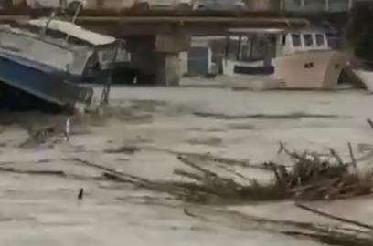 Straripa un fiume a Mazara del Vallo: città sommersa dall'acqua