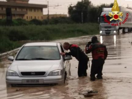 Violento nubifragio nel Catanese: dal Pigno a Goretti sotto l'acqua