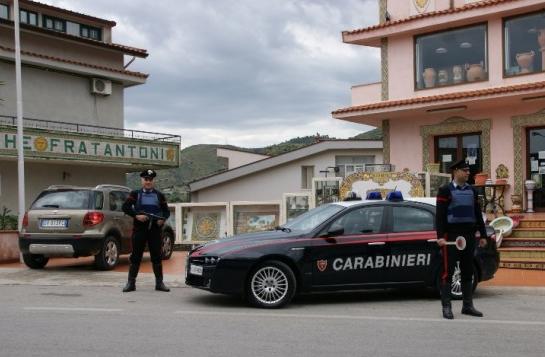 Minaccia i genitori per i soldi: arrestato a Santo Stefano di Camastra
