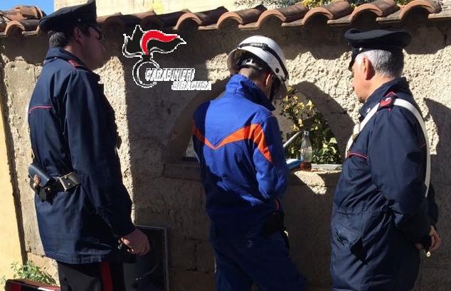Noto, commerciante arrestato per furto di energia: 12 i denunciati