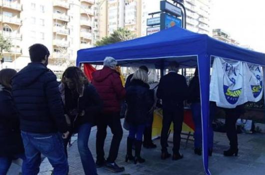 Lega raccoglie firme a Palermo per chiedere dimissioni del sindaco