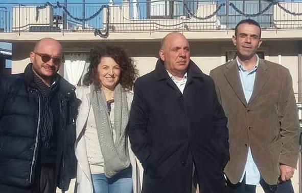 """La cricca a Melilli, """"Ritorniamo al futuro"""" chiede le dimissioni di Carta"""
