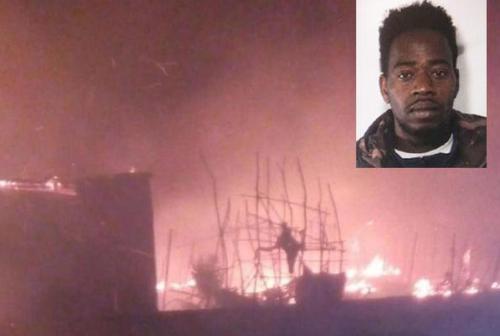 Gioia Tauro, incendio nella baraccopoli di San Fedrinando: morto senegalese
