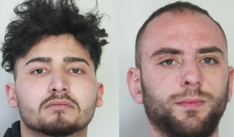 Catania, presi due giovani dalla polizia per spaccio di cocaina