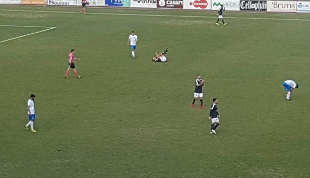 Azzurri disastro in trasferta,  doppietta di Fella stende il Siracusa a Cava de' Tirreni