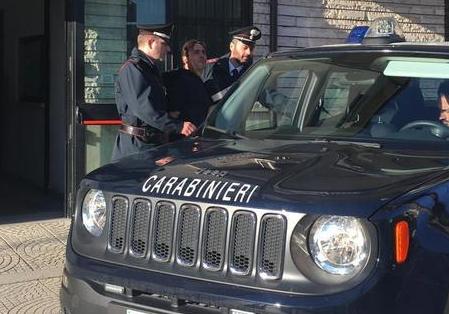 Minacce ad assegnatari di case popolari : 3 arresti a Corigliano