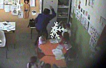 Violenze sugli alunni, maestra sospesa a San Cataldo