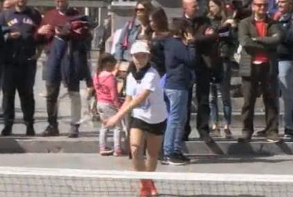 Promozione del tennis, in mille piazza a Palermo per provare a giocare