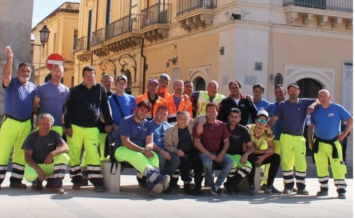 Operatori ecologici di Rosolini con 3 mesi di stipendi da percepire