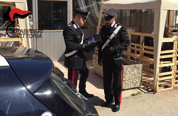 Due lavoratori in nero in un bar di Vittoria, multa e attività sospesa