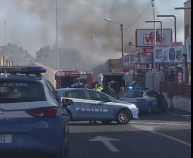 Incendio in un'abitazione di Catania, messi in salvo due bambini