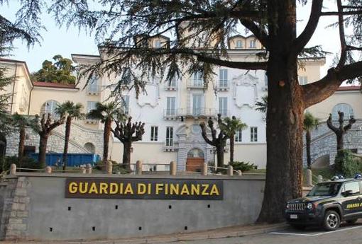 Blitz antimafia tra Milano e Varese, eseguite 43 ordinanze cautelari: 12 in carcere, coinvolti molti politici