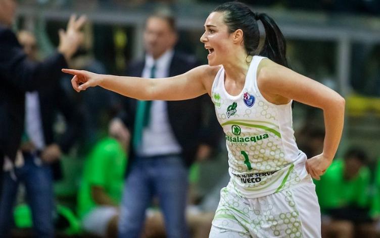 Basket, Ragusa  resta in corsa per lo scudetto: domani gara 4 con Schio decisiva