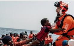 Settanta migranti recuperati dalla Motovedette a 11 miglia da Lampedusa
