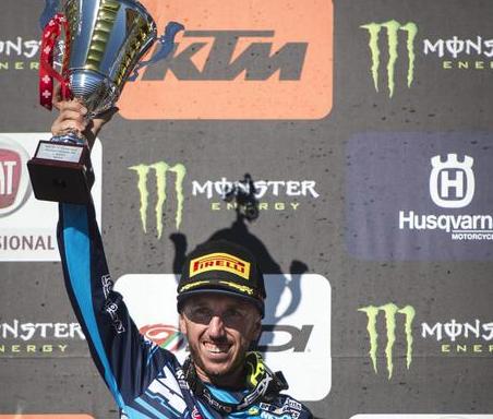Motocross, il messinese Tony Cairoli vince il Gp di Lombardia sotto il diluvio
