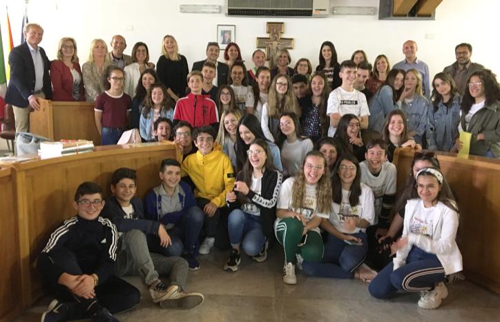 Erasmus, delegazione di studenti stranieri ricevuti dal sindaco di Rosolini