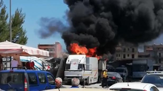 Terrore al mercatino di Gela, esplode una bombola di gas: 20 feriti