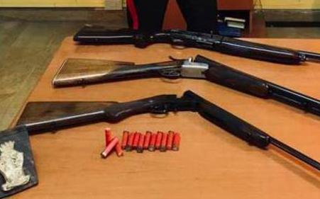 Incensurato nascondeva fucili e munizioni: arrestato a Rizziconi
