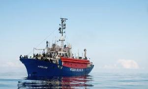 Pozzallo, sbarcheranno i migranti della Eleonore: nave Ong sequestrata