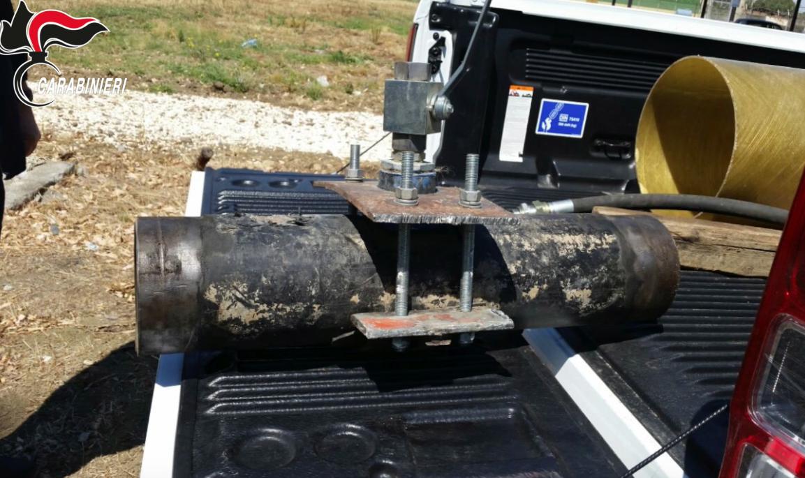 Siracusa, rubavano carburante a Isab e Sasol: otto misure cautelari