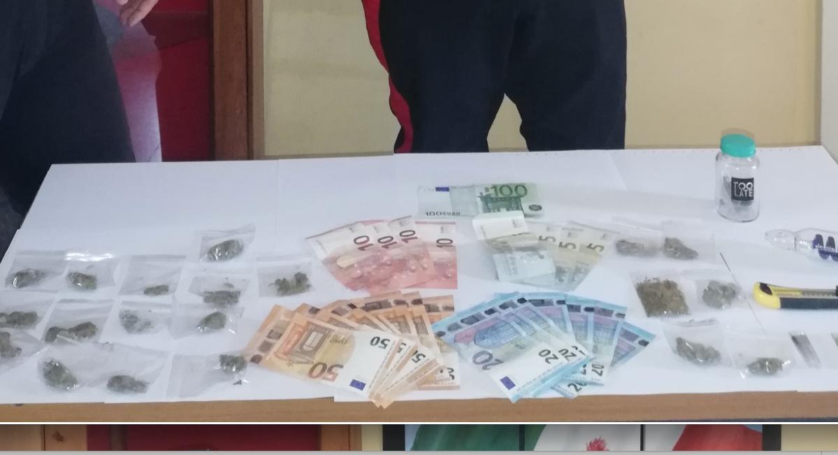 Ragusa, spacciatore incallito a 16 anni: preso con  marijuana e hashish