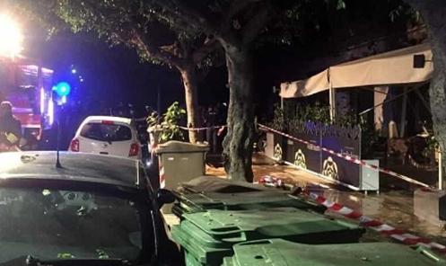 Palermo,  scoppia un incendio in un ristorante di piazza Leoni: tre feriti lievi