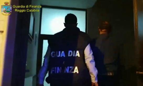 Fondi pubblici finiti nelle mani della 'ndrangheta: 8 arresti a Reggio Calabria