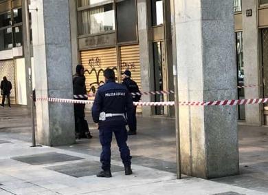 Palermo, clochard colto da malore muore ai  portici di piazzale Ungheria