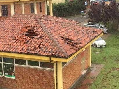 Tromba d'aria a Pizzo, danni a edifici comunali ed in una scuola