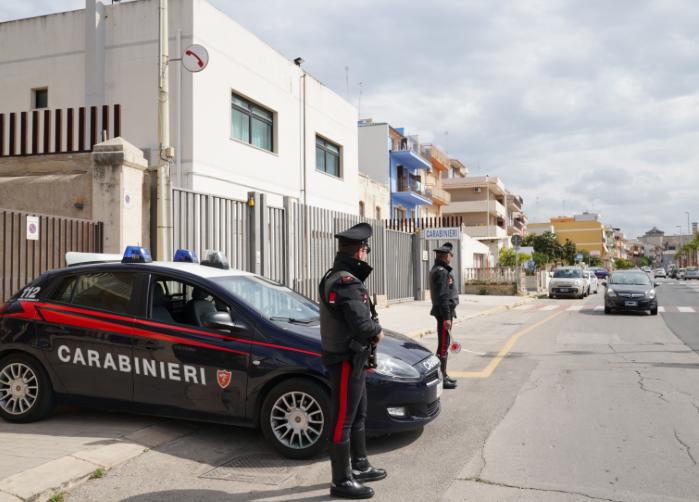 Pozzallo, arrestato un clandestino: ferisce un carabiniere