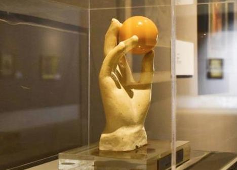 Noto, 'caminanti' non imputabile rubarono biglia di scultura di bronzo