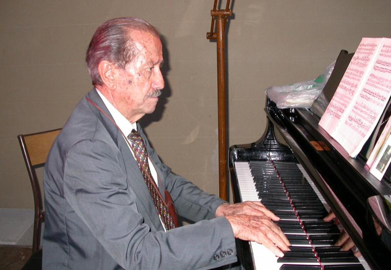 Noto, domenica festeggiamenti per i 100 anni del maestro Corrado Galzio