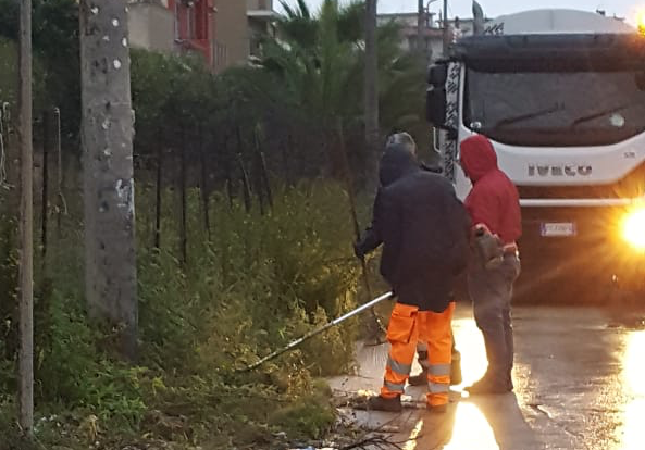 Allagamenti a Epipoli a Siracusa, ripulito il canale di gronda dalla Tekra