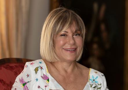 L'imprenditrice siciliana Cannariato dice addio al Pd, sceglie Matteo Renzi