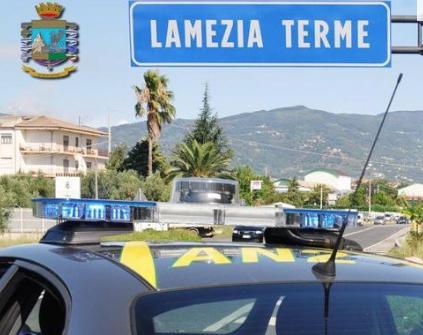 Operazione antidroga a Lamezia Terme: eseguite 19 misure cautelari