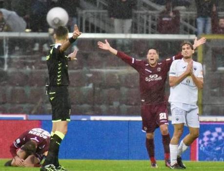 Una doppietta di Pettinari regala il successo al Trapani sul campo di Livorno