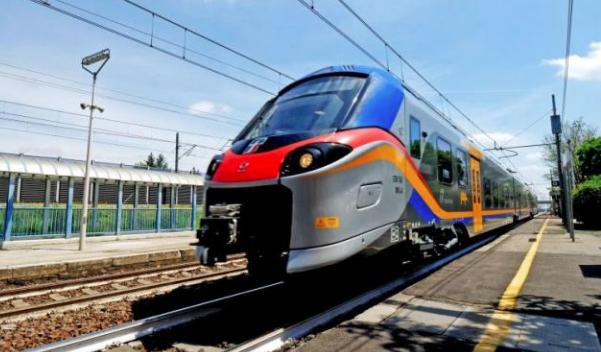 Ferrovie, consegnato alla Sicilia 'Treno Pop': operativo dal 15 dicembre