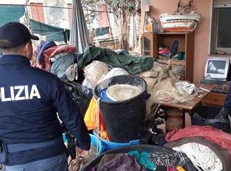 Catania, Sequestrate reti da pesca nell' Oasi del Simeto