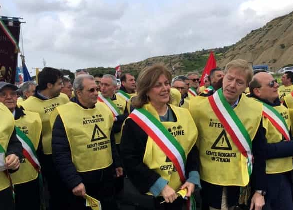 Marcia dei sindaci nell'Agrigentino per chiedere una viabilità reale