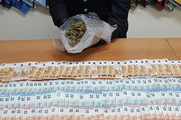 Droga destinata alla Movida di Pozzallo, arrestati due stranieri