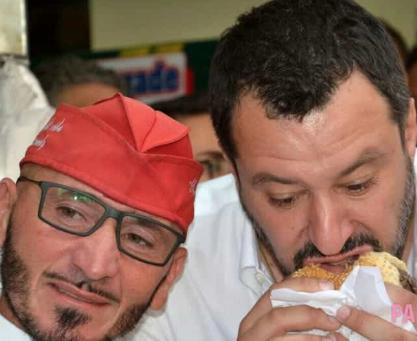 Salvini a Palermo non va a Ballarò: lo aspettavano i contestatori