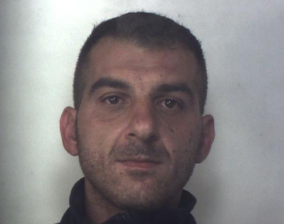 E' accusato di 14 furti in appartamenti, arrestato ladro seriale a Siracusa